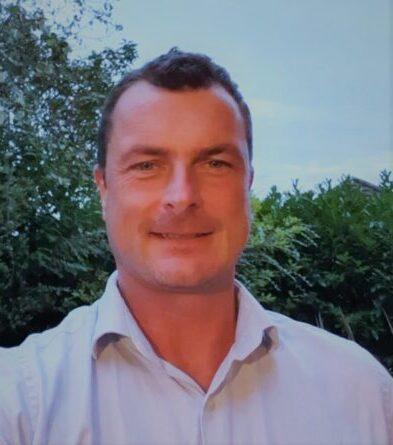 Dr Robert Salisbury